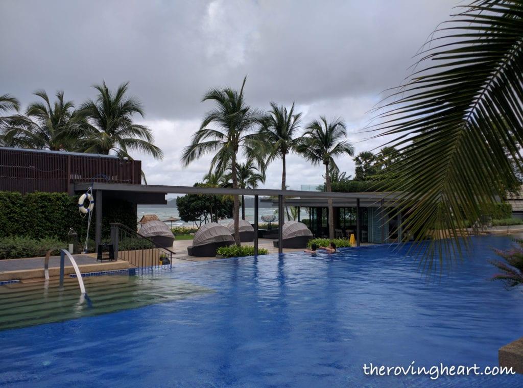 swimming pool marriott phuket