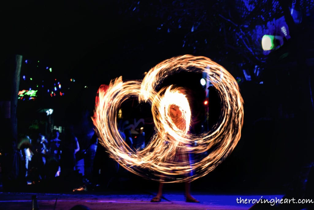 fire show phi phi thailand travel photography tips
