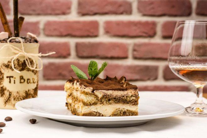 tiramisu, popular italian food, italian food by region, italian specialty foods