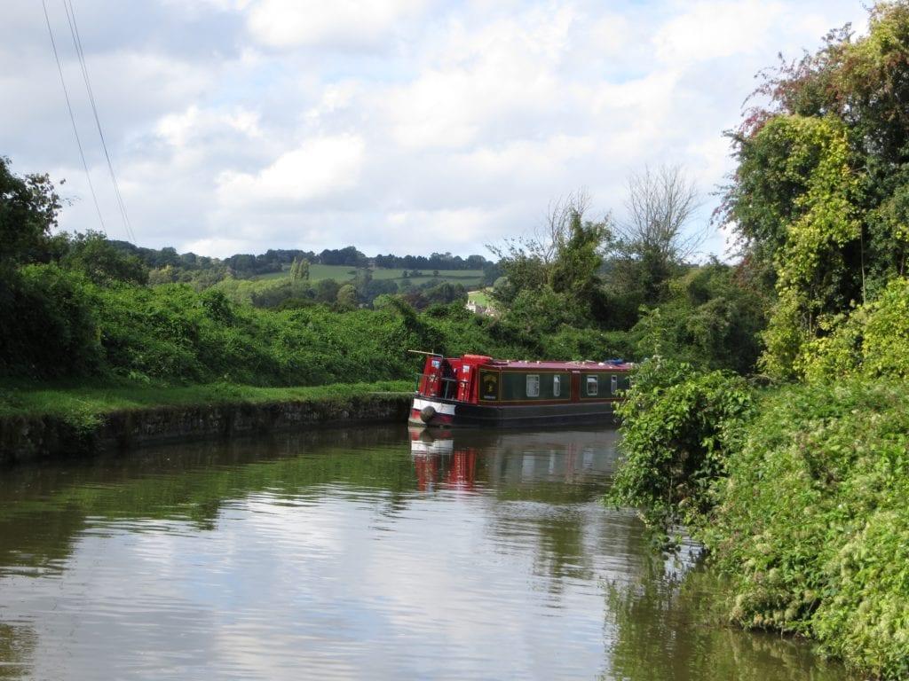 UK Canal boat, unique bucket list ideas, cool bucket list ideas