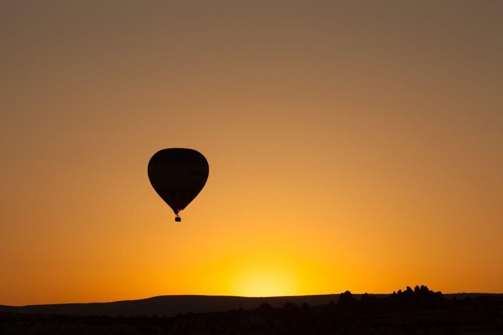 hot air baloon masai mara, unique bucket list ideas, cool bucket list ideas