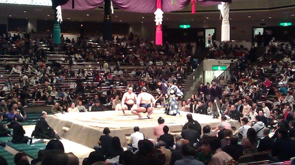sumo wrestling tournament in japan, unique bucket list ideas, cool bucket list ideas